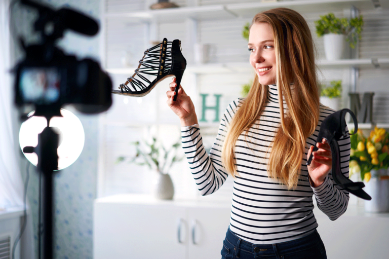 Content scarpe video