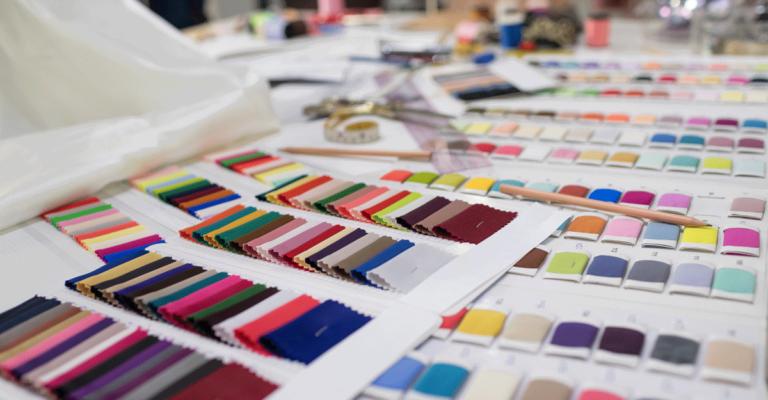 Tessuti colori scelta